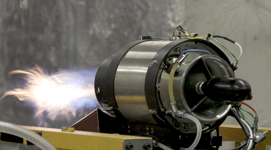 Testy proudového motoru